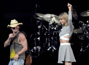 "Kenny Chesney Kicks Off ""The Big Revival"" Tour"