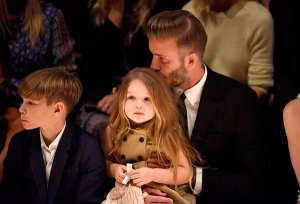 david-beckham-kisses-daughter-harper-gty-ftr