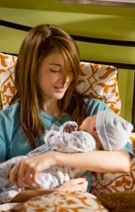 Finally-Amy-Baby-John-secret-life-of-the-american-teen-5135681-366-574