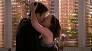 naley-s5-kissing-indoors-in-the-rain-naley-2260302-1280-720