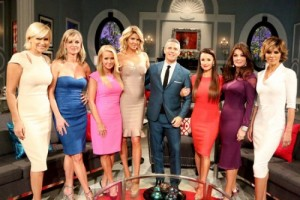 real-housewives-of-beverly-hills-season-5-reunion-fashion-16-500x334