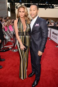 chrissy-teigen-john-legend-bbmas-red-carpet-billboard-400