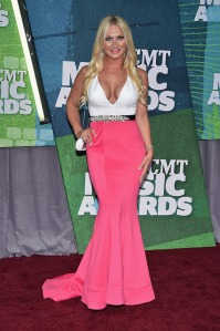 brooke-hogan-cmt-awards-20152