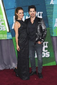 jt-hodges-kasey-hodges-cmt-awards-2015