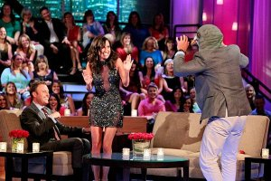 bachelorette-men-tell-all-kaitlyn-cries-over-backlashes-ian-gets-down-on-his-knees