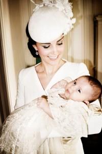 rs_634x951-150709072255-634.Kate-Middleton-Princess-Charlotte-Christening-Mario-testino.jl.070915