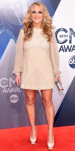 NASHVILLE, TN - NOVEMBER 04: Singer-songwriter Lee Ann Womack attends the 49th annual CMA Awards at the Bridgestone Arena on November 4, 2015 in Nashville, Tennessee. (Photo by Michael Loccisano/Getty Images)