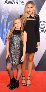 NASHVILLE, TN - NOVEMBER 04: Musical duo Lennon & Maisy attend the 49th annual CMA Awards at the Bridgestone Arena on November 4, 2015 in Nashville, Tennessee. (Photo by Michael Loccisano/Getty Images)