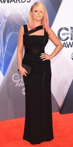 NASHVILLE, TN - NOVEMBER 04: Singer Miranda Lambert attends the 49th annual CMA Awards at the Bridgestone Arena on November 4, 2015 in Nashville, Tennessee. (Photo by Michael Loccisano/Getty Images)