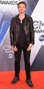 NASHVILLE, TN - NOVEMBER 04: Actor Riley Smith attends the 49th annual CMA Awards at the Bridgestone Arena on November 4, 2015 in Nashville, Tennessee. (Photo by Michael Loccisano/Getty Images)